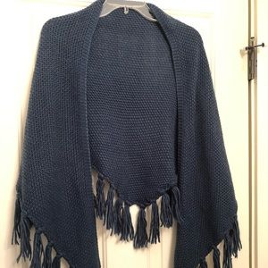 LOFT - blue knitted wrap - so soft!  Worn once